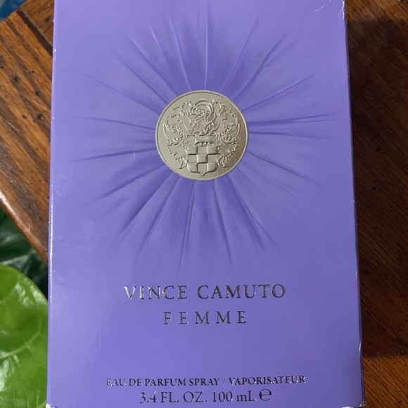 Vince Camuto Other - Vince Camuto Femme Spray